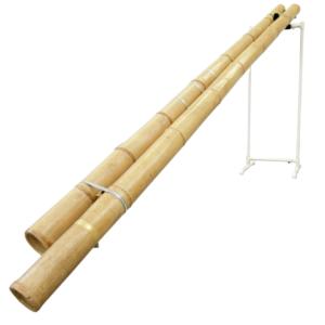 """開管タイプのロングマウイマリンバ。ブンブンと鳴る低音は、まさしく力強い""""竹""""そのもののような音。(真竹)"""
